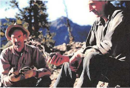 Wilbur-with-Uncle-Bob-McRae-1952-a