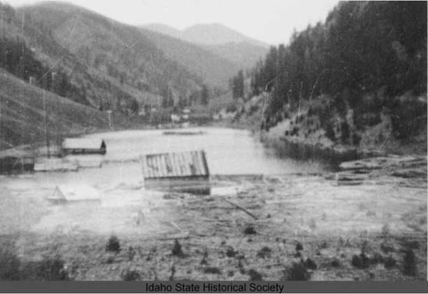 1909RooseveltFlooded-a