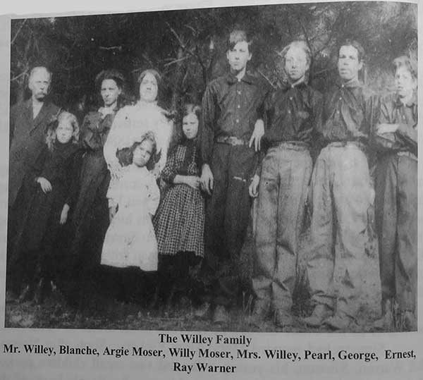 WilleyFamilyP1000324