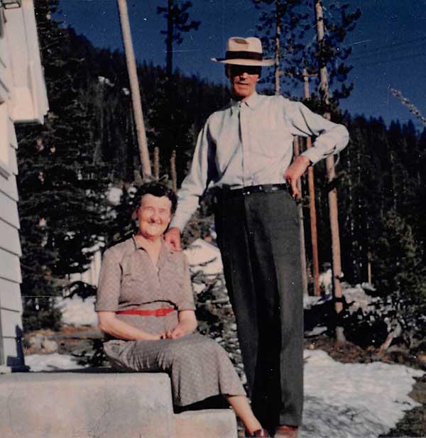 Grace-and-Dan-Stibnite-1950-a