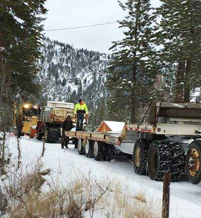 20171217loading-dump-truck-a