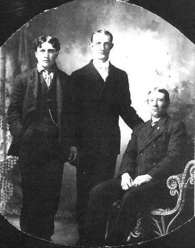 HughCharlieWhitney1911-a