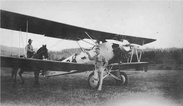1928-1stAirplaneChamberlain-a