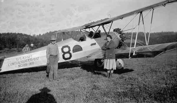 1928GoldaAdolfPlane-a