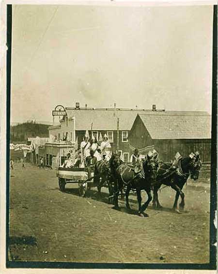 1909ElkCity4thJulyParade1-a