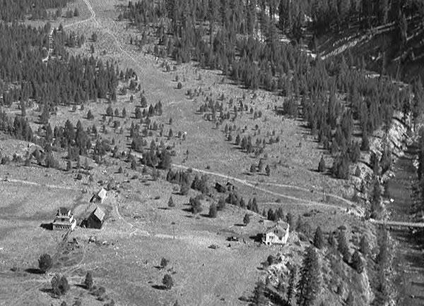 1958Bryant,FoxFarm,Airstrip-a