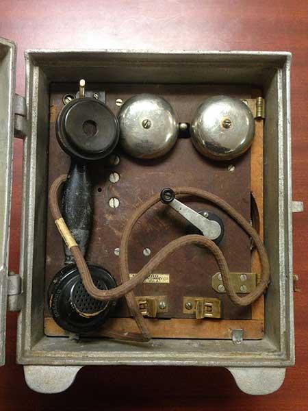 1932FStelephone2-a