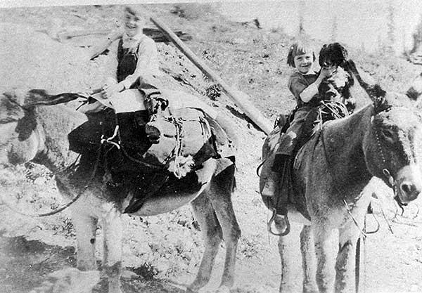 Mom-&-Bob-1916-a
