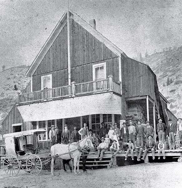 1891GeoMercantileStoreRockyBar-a