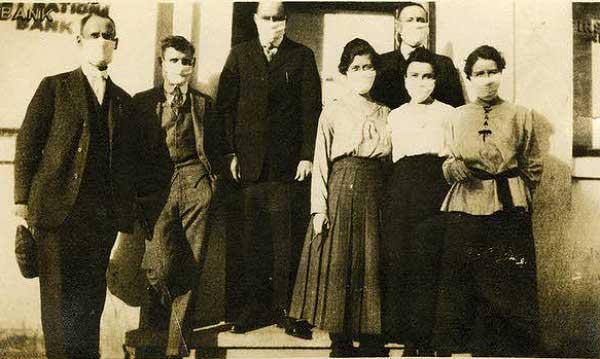 Pullman-bank-employees-1918-a
