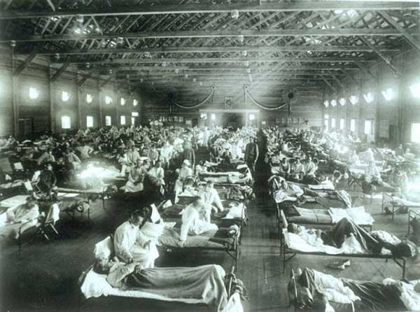 SoldiersCampFunstonKS-InfluenzaHospital-a