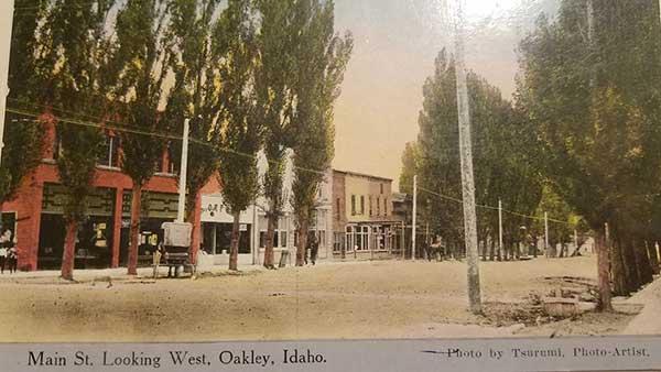 OakleyMainStreet-a