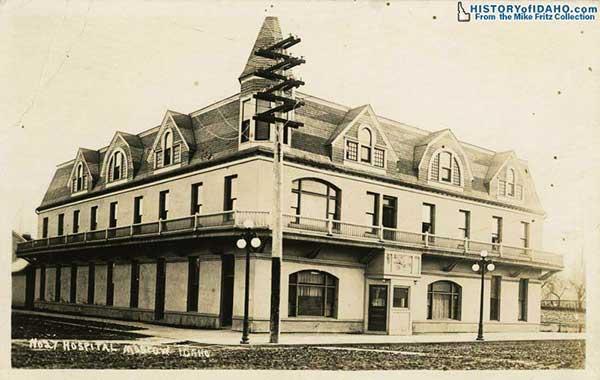 HospitalMoscow1922Fritz-a