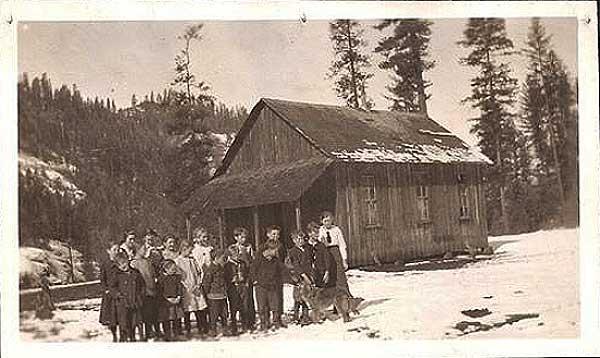 SchoolClearCreekSchool1918PBC-a