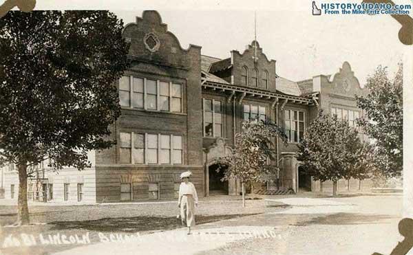 SchoolLincolnSchoolTwinFalls1915Fritz-a