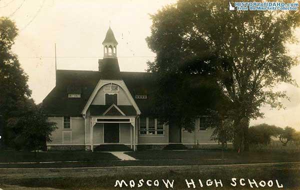 SchoolMoscowHighSchool1911Fritz-a