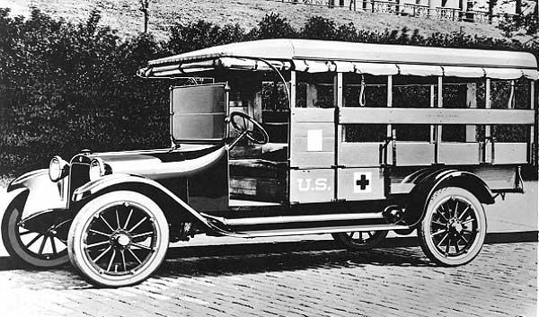 1918-1919-Dodge-Ambulance-a