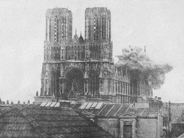 1914RheimsCathedral-a