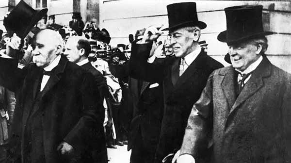 1919WilsonPeaceConference-a
