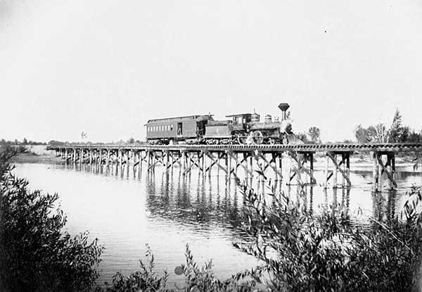 TrainPayetteRiver-a
